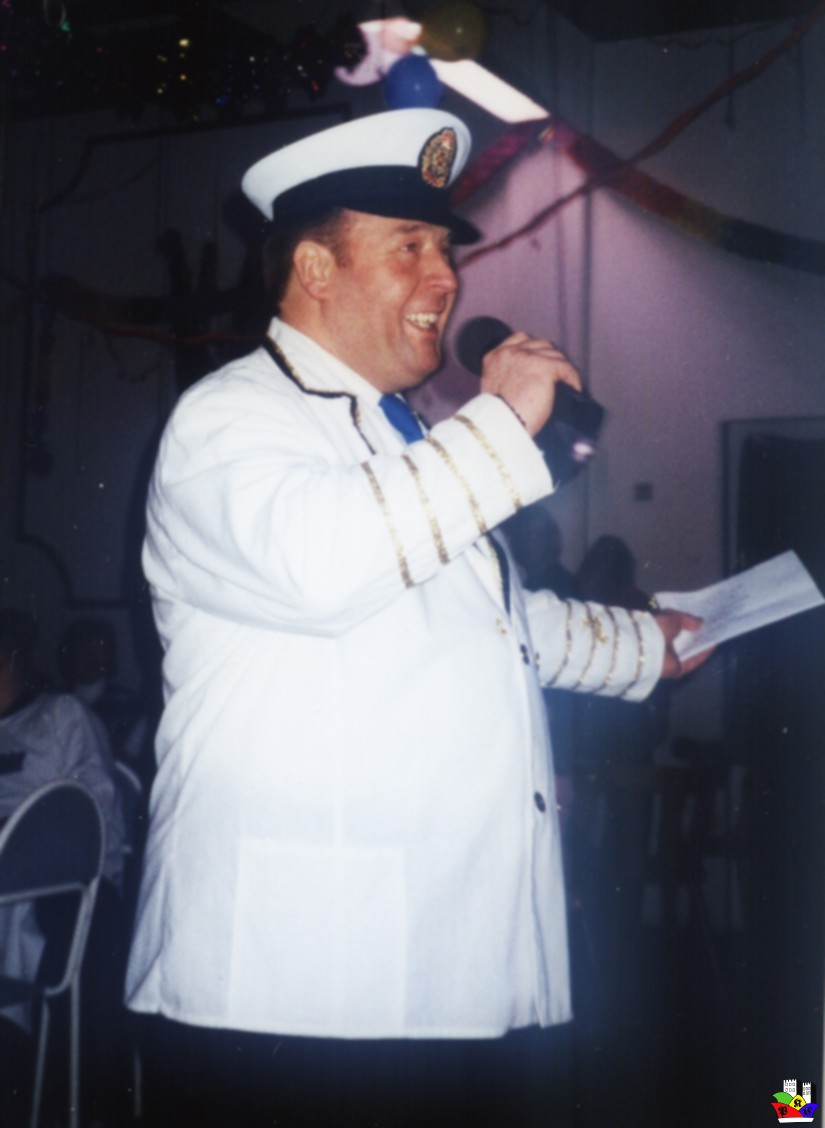 2003_-02